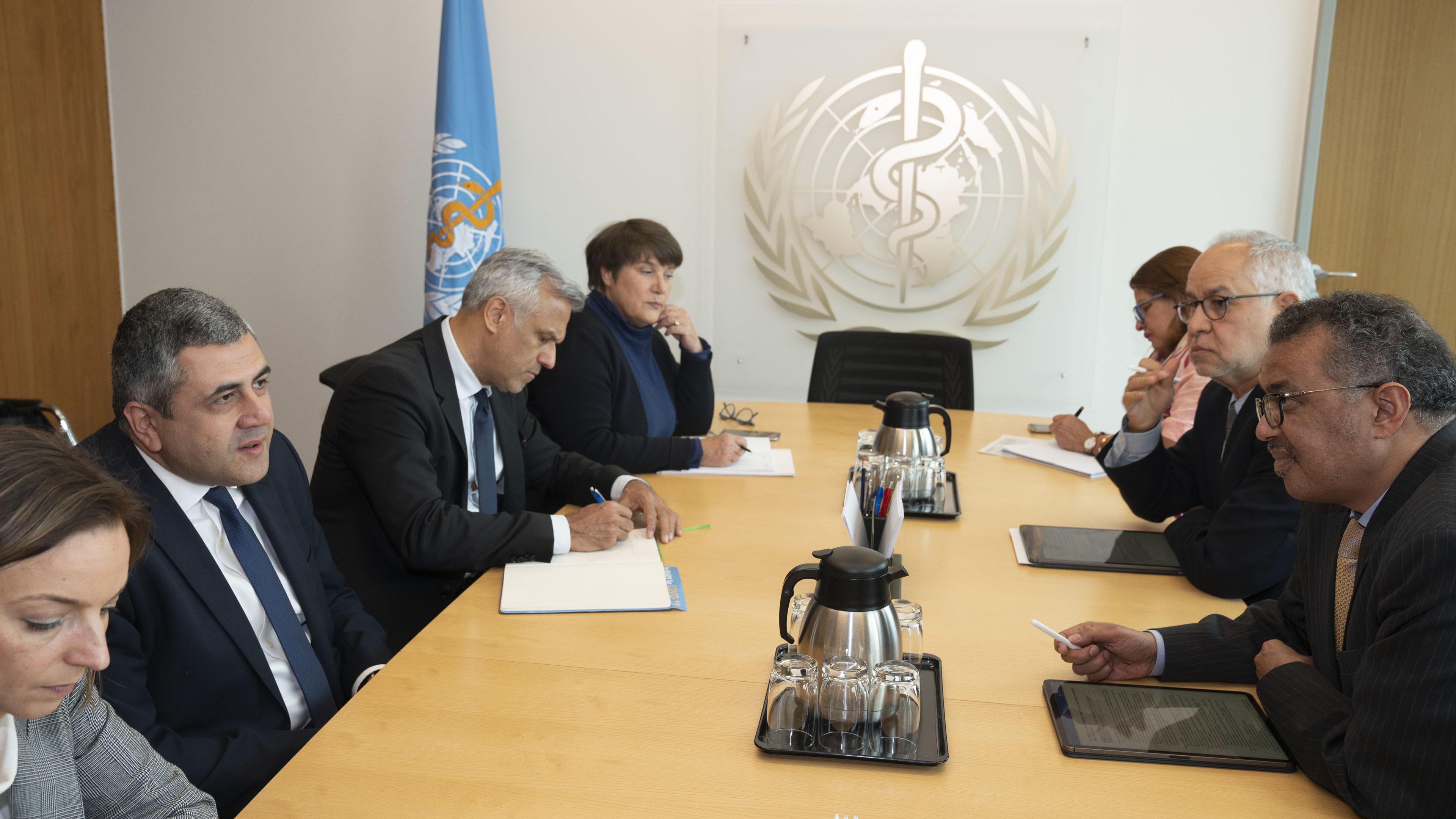 La OMT y la OMS acuerdan intensificar la cooperación en la respuesta al COVID-19