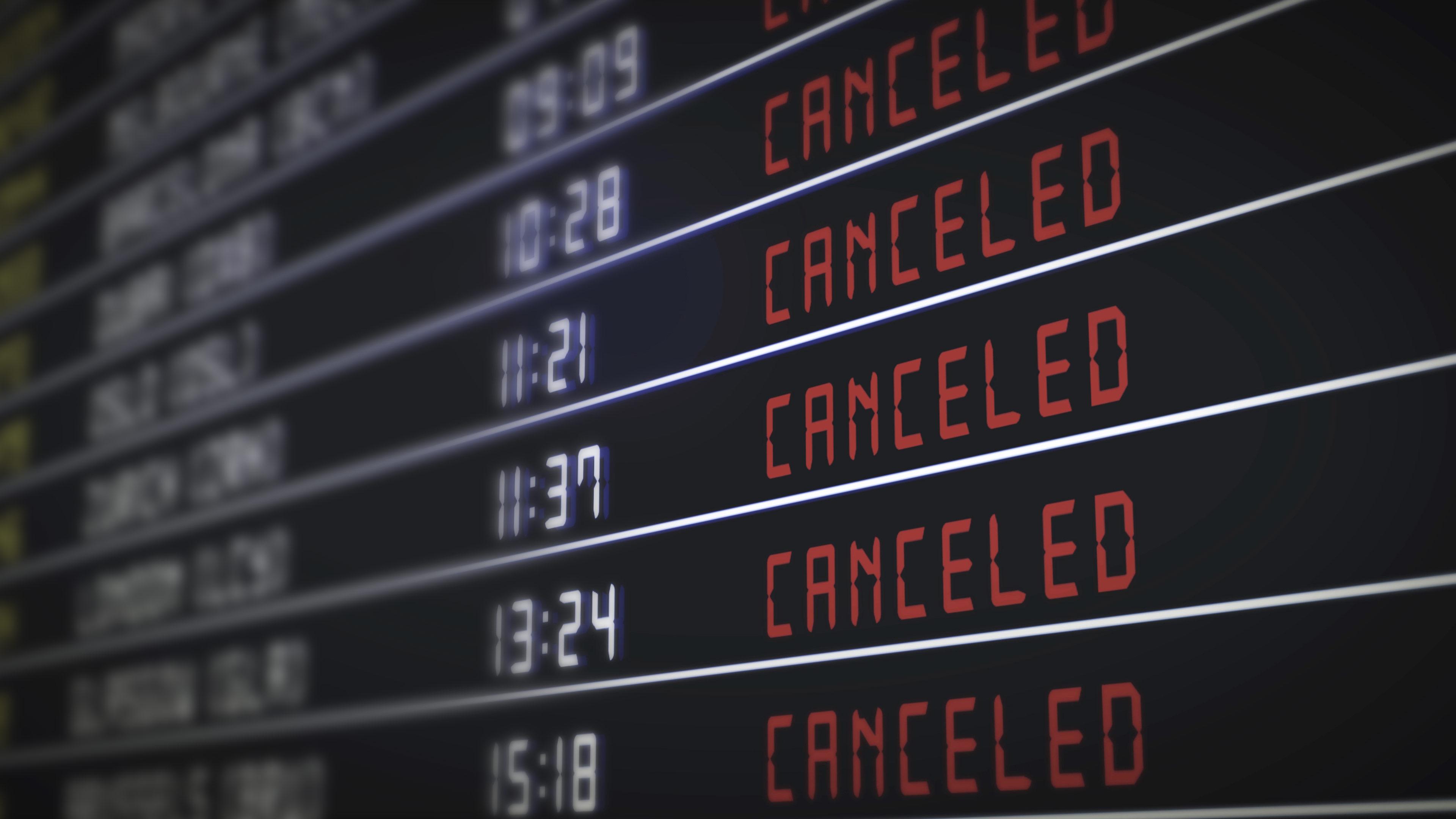 El turismo internacional cae un 70% mientras las restricciones de viaje afectan a todas las regiones