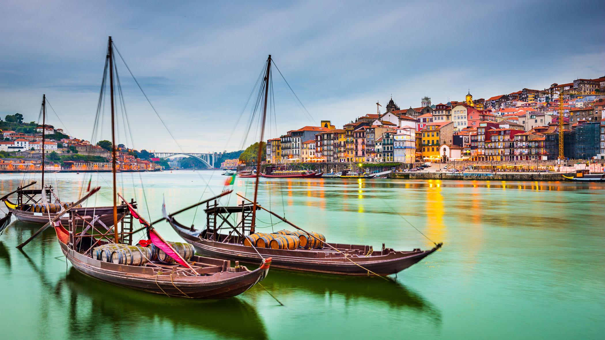 Vers une nouvelle conception du tourisme urbain : les dirigeants de villes du monde entier se réunissent à Porto