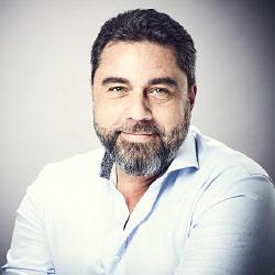 Pascal Viroleau