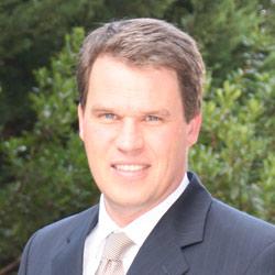 Dr. Dirk Glaesser