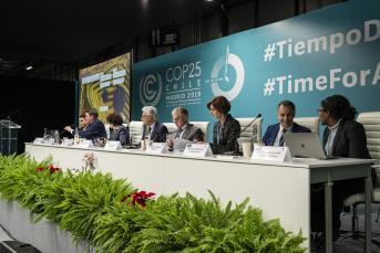 Un informe pionero presentado en la COP25 mide las emisiones de carbono del turismo