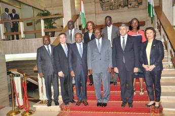 Colaboración y apoyo político para brindar a Côte d'Ivoire oportunidades de turismo sostenible