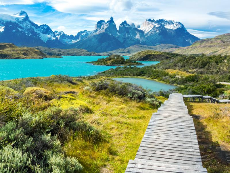 TOURISM IN THE AMERICAS