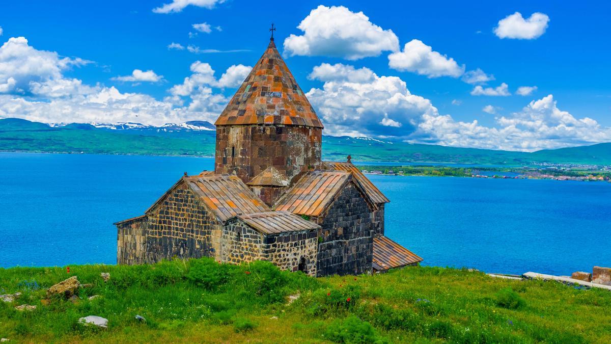 Armenia hosts the 38th Plenary Session