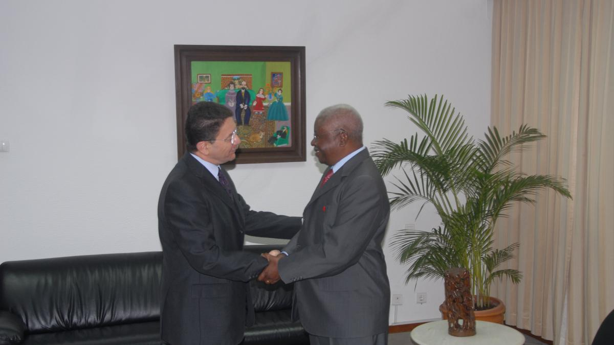 Tourism a poverty reduction tool says President Guebuza of Mozambique – joins UNWTO/WTTC global campaign