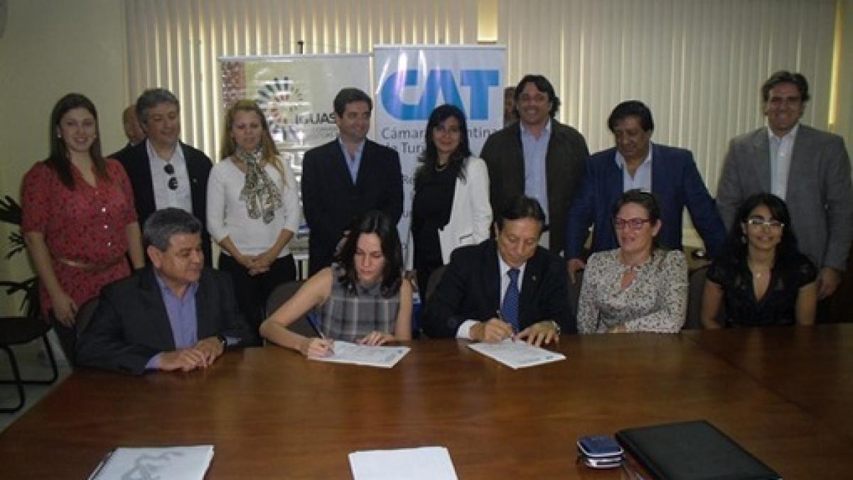 La Cámara Argentina de Turismo y empresarios argentinos participaron en Brasil de una reunión con Polo Iguassu.
