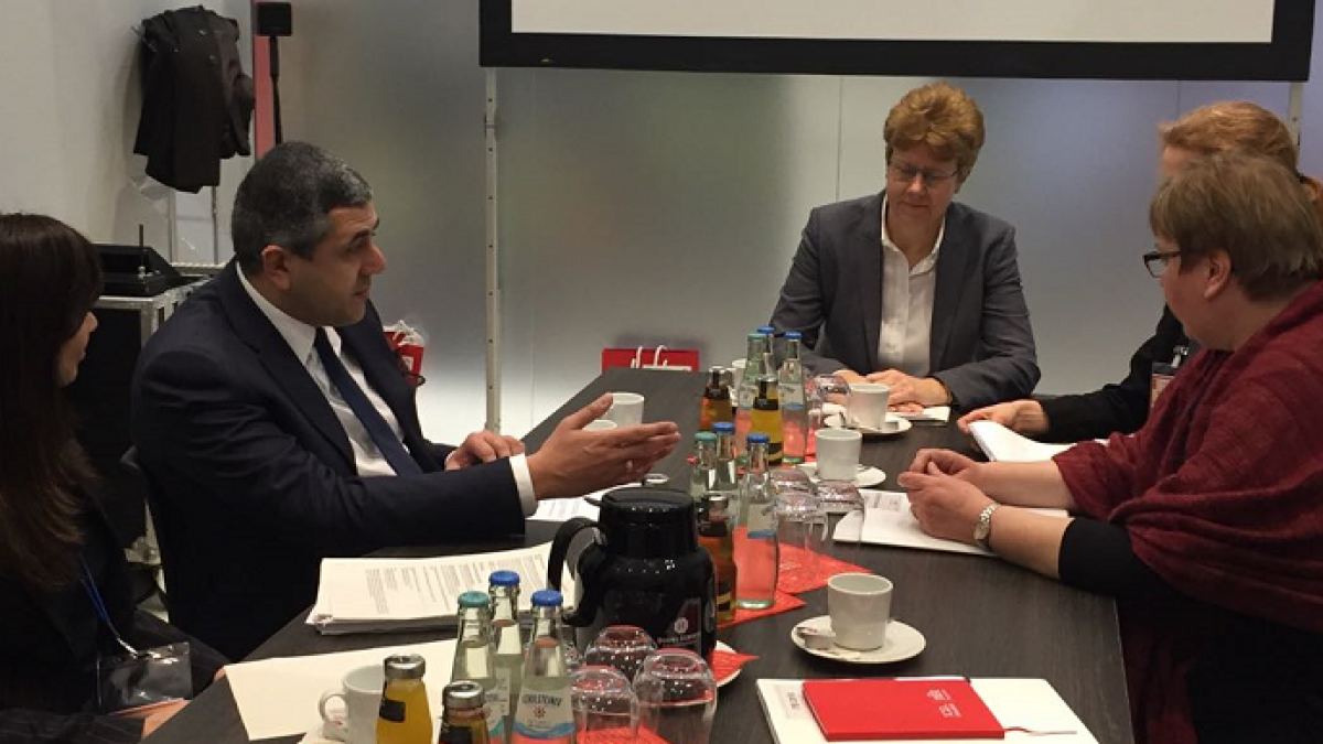 UNWTO Secretary-General meets Germany's Parliamentary State Secretary Mrs. Iris Gleicke at ITB Berlin