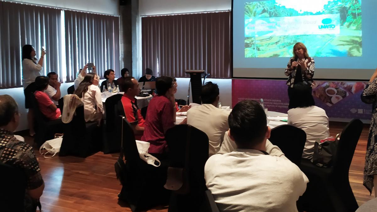 La OMT y el Ministerio de Turismo de Indonesia unen sus fuerzas para promover el turismo gastronómico en Ubud (Bali)