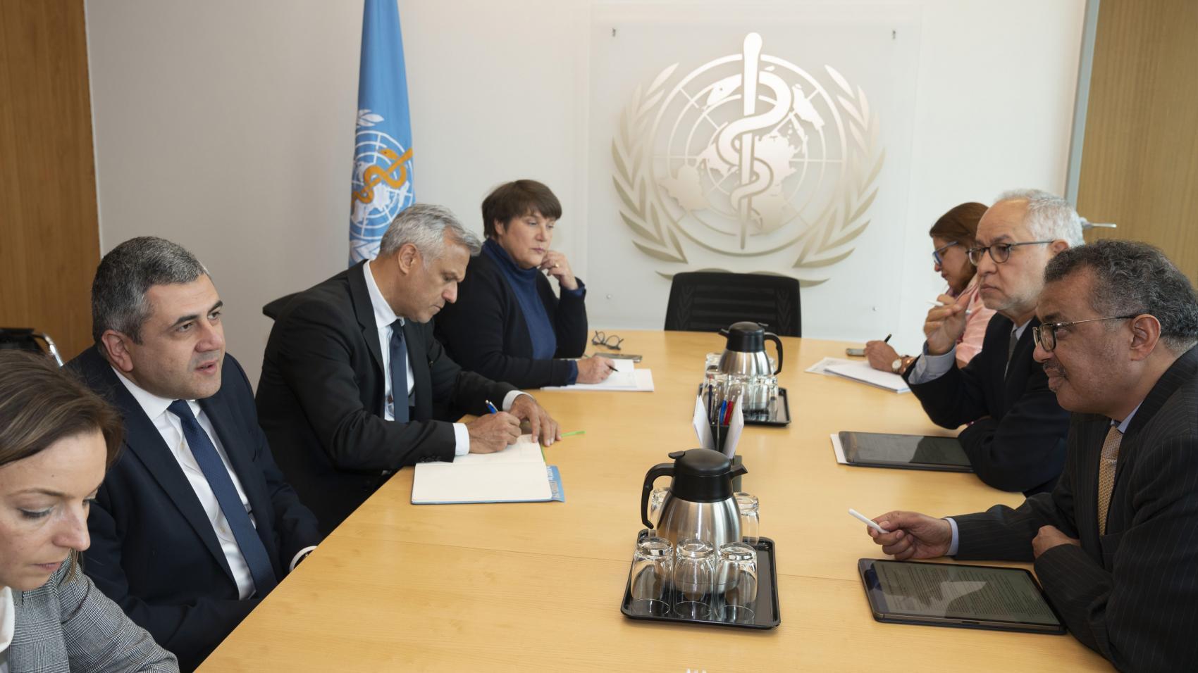 منظمة السياحة العالمية ومنظمة الصحة العالمية تتفقان على تعزيز التعاون في مواجهة فيروس كوفيد -19