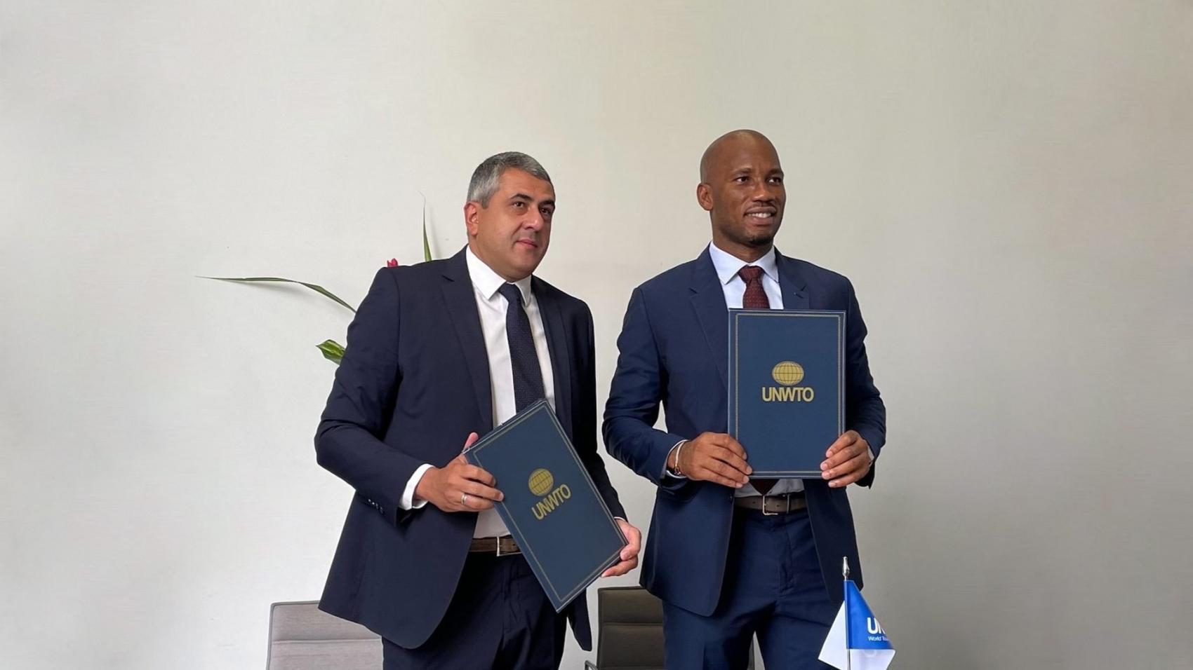 L'OMT et Didier Drogba font équipe pour ouvrir des perspectives à la jeunesse africaine