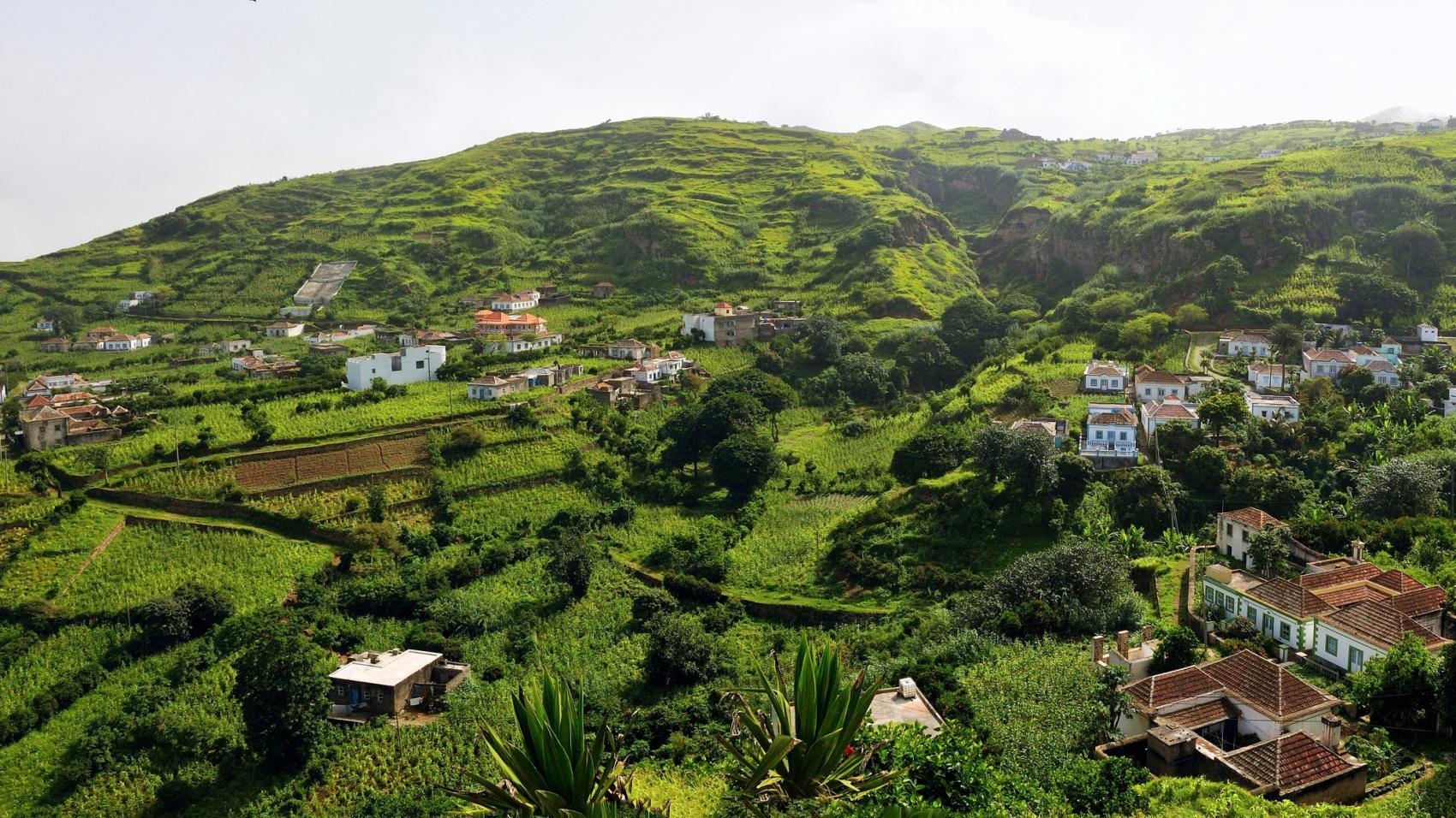 L'OMT est avec les investisseurs et les dirigeants du tourisme au Forum de Cabo Verde